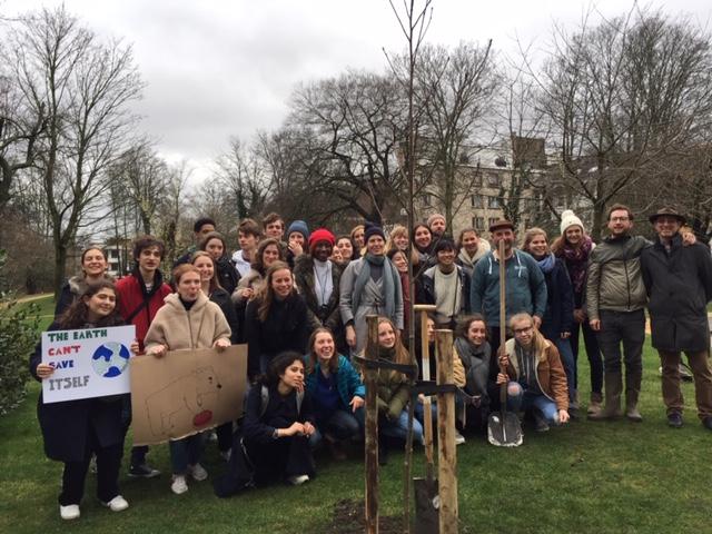 15 mars: Ixelles plante un Clim'arbre!